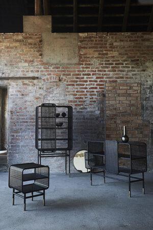 Industrialny regał w minimalistycznym stylu. Skandynawski regał marki Muubs.